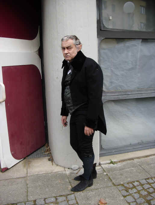 Rolf Kanies as a tired old Vampire Test Master in a new children's series for Spring of 2012